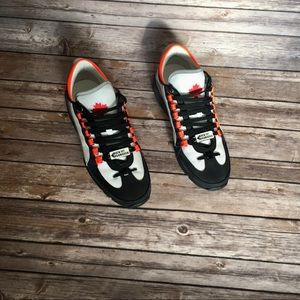 Auth New DSQUARED2 men's sneakers 9.5